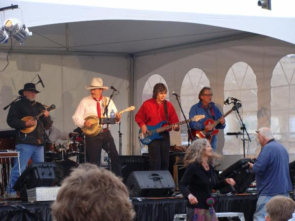SPECAIL EVENTS-1-ROB QUIST CONCERT